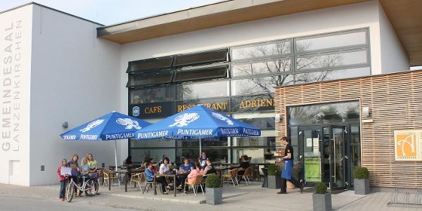 Café Adrienne
