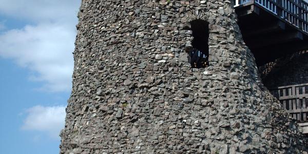 Der Bergfried der Burg Eversberg