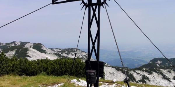 Gipfelkreuz Höllkogel