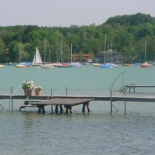 Der Yachthafen von Steinebach.