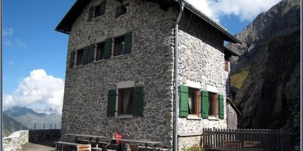 Frederic-Simms-Hütte
