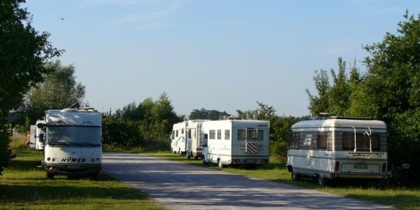 Wohnmobilstellplatz am Lippesee (Nordufer)