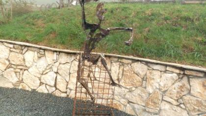 Skulptur von Hans-Peter Profunser