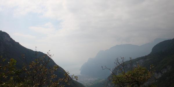 am Bocca di Tovo mit Blick auf den Gardasee