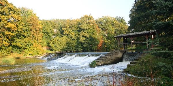 Elster weir in Neumühle near Greiz