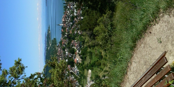 Einer der Aussichtspunkte auf dem Otto-Hagg-Weg.