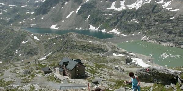 Start im Schroffenhang hinter der Hütte