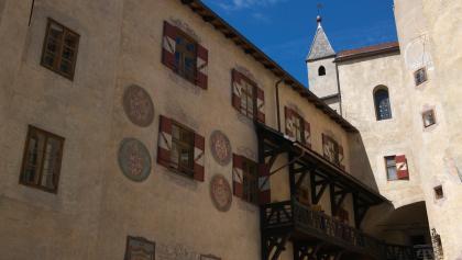 MMM Ripa auf Schloss Bruneck