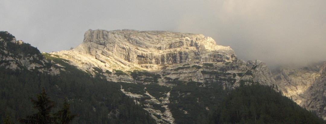 Dolomitenartige Berge