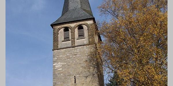 Kirchturm Gruiten.