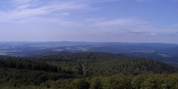 Vom Aussichtsturm haben wir eine herrliche Fernsicht.