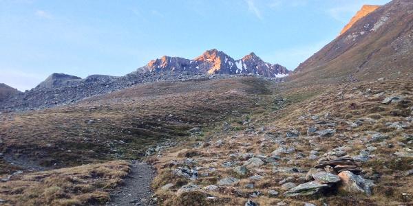 Am Steig von der Pforzheimer Hütte Richtung Süden (Rundweg), kurz vor der Abzweigung hinauf zur Scharte