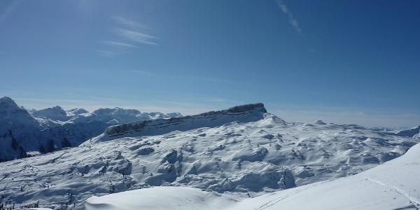 Ausblick auf den Hohen Ifen im Winter vom Toreck