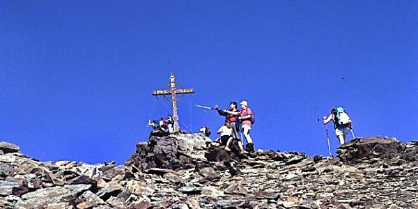 Die letzten Meter zum Gipfel der Kreuzspitze