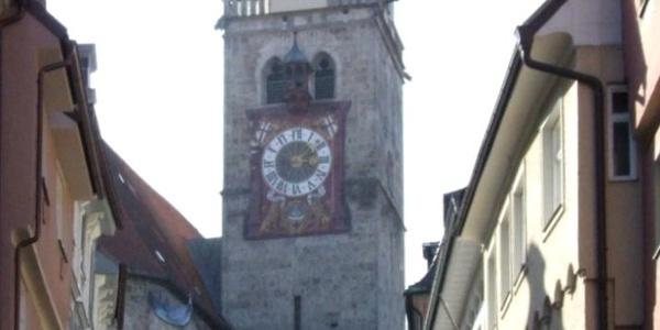 Der Blick auf den Turm von St. Martin in Memmingen.
