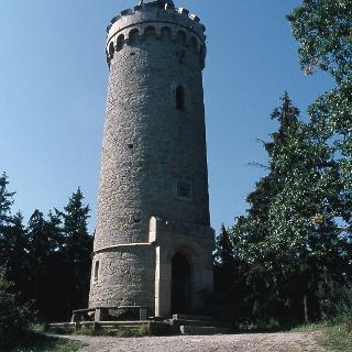 Vom Kaiserturm genießen wir eine herrliche Sicht über das Zillierbachtal.