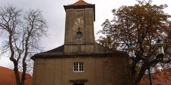 Die schlichte Barockkirche in Flecken Zechlin steht unter Denkmalschutz.