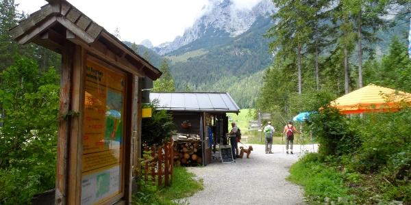 Kleiner Kiosk am Hintersee