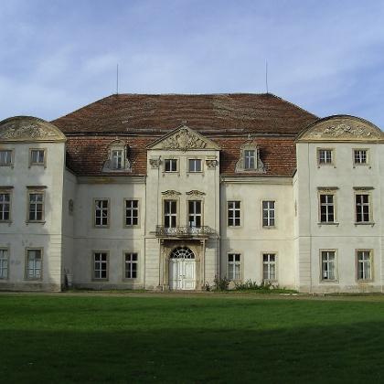 Das Renaissanceschloss aus dem 16. Jahrhundert wartet noch auf seine Restaurierung.