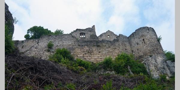 Die Ruine Hohenurach.