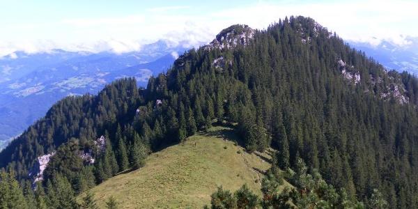 Spitzwiesle, Zewas Heilspitze, links dahinter Gurtisspitze