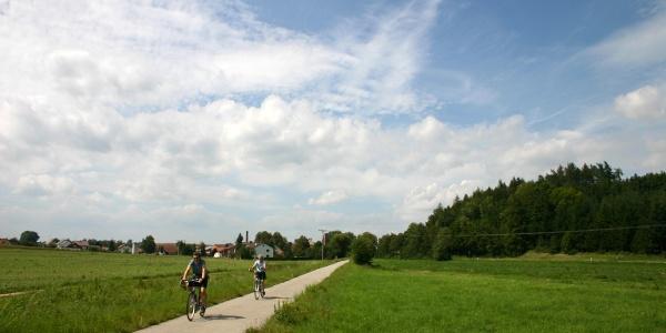 "Auf dem ""Bockerlbahnradweg""."