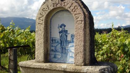 Azulejo-Bild eines Pilgers.