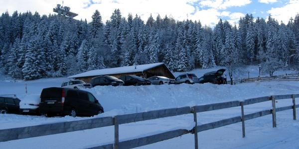 Kleiner Parkplatz nahe der Tulferhütte.