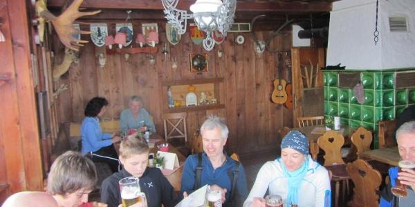 Gemütliche Einkehr in der Ostpreussenhütte