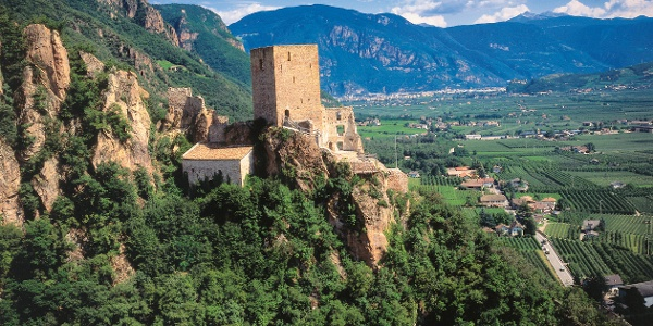 Blick auf die Burg Neuhaus