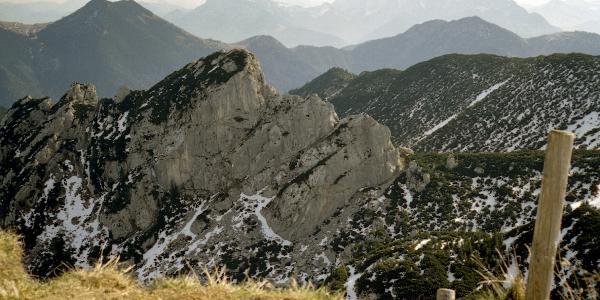 Blick vom Gipfel zum Wilden Kaiser