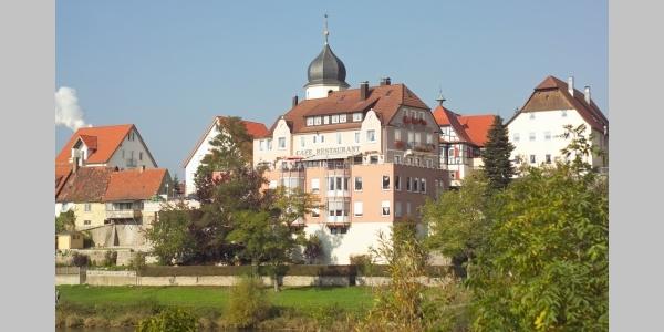 In Bad Friedrichshall-Jagstfeld triffen sich Jagst und Neckar.