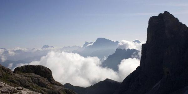 Schon zu Beginn des Anstieges bieten sich herrliche Panoramaaussichten