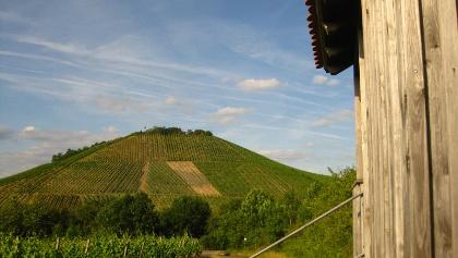 Wanderhütte am Matzenberg mit Blick au fden Tannenberg