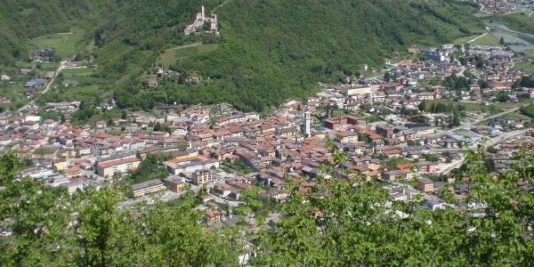 Paesaggio dalla passeggiata La Rocchetta- Salita dalla Località Pigliaro