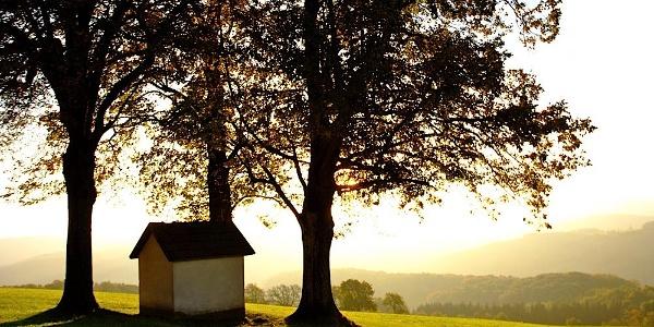 Hegerberg-Kaplelle im Morgenlicht