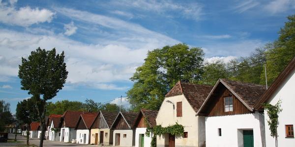 Kellergasse Haugsdorf (Copyright: Andreas Sedlmayer)