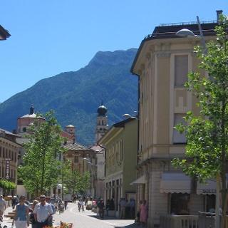 Levico Terme via Dante