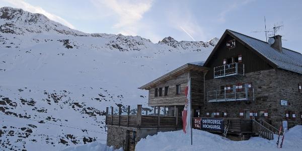 Gemütlicher Stützpunkt: Langtalereckhütte