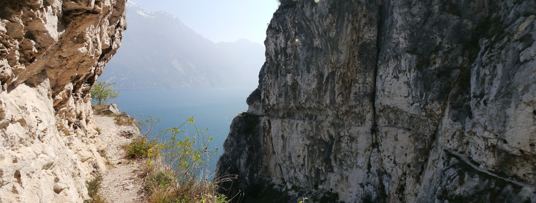 Felsenband am Klettersteig