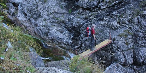 Vor dem steilen Abstieg in den Talschluss des Großen Walsertals