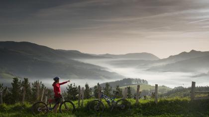 Ausblick über die Landschaft im Baskenland