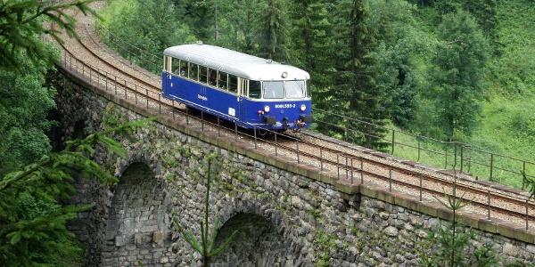 Dier Erzbergbahn zwischen Vordernberg und Eisenerz