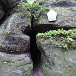 Das Mundloch der Schwedenhöhle