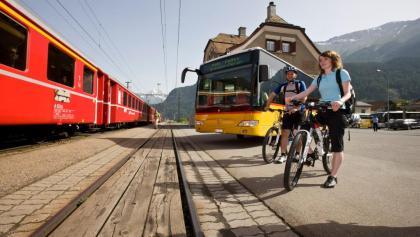 Anreise, Rückreise und auch Etappenschnitte sind mühelos mit Öffentlichen Verkehrsmitteln zu meistern.