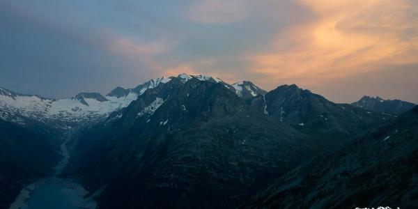 Sonnenaufgang auf der Olpererhütte