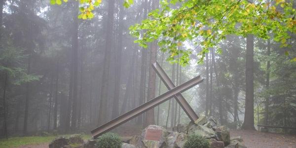 Denkmal an der KZ-Gedenkstätte Vulkan