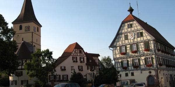 Kirchenburg und Rathaus zu Merklingen