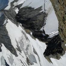 Blick vom Gipfel in die Geigerscharte