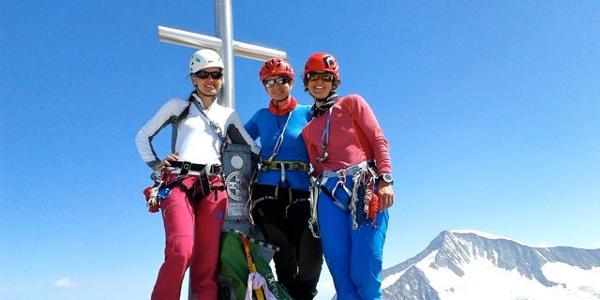 Girls on Top ;-) - im Hintergrund der Großvenediger